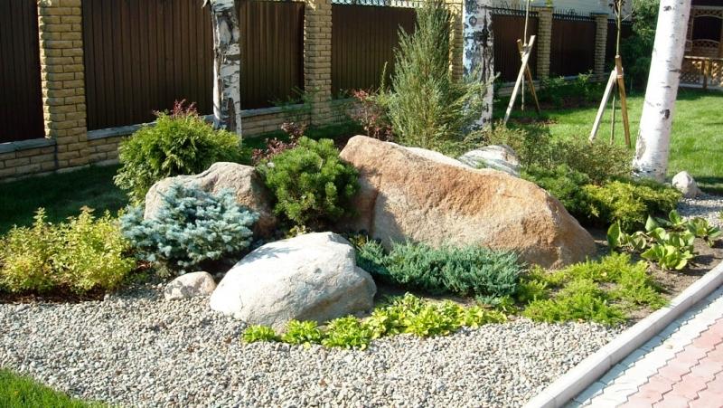 Ландшафтный дизайн из камней и хвойников